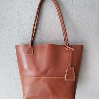 Handmade genuine leather tote bag