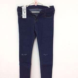 🚚 微刷破牛仔褲 #兩百元丹寧