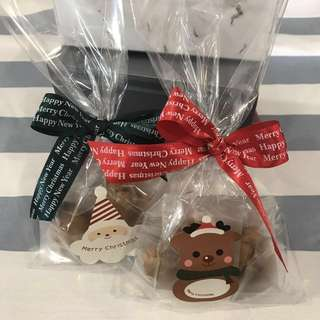 Chocolate chip cookies for christmas gift