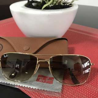 Raybans Gold Authentic Made in Italy