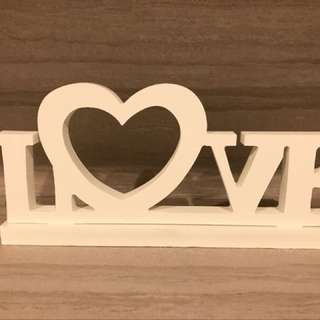LOVE 字母擺設