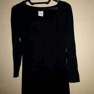 Dress hitam bahan kaos