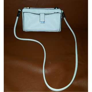 Ever new white sling bag