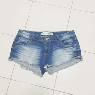 🚚 Dark Denim Shorts