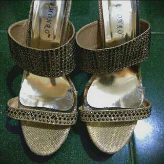 Party heels gold