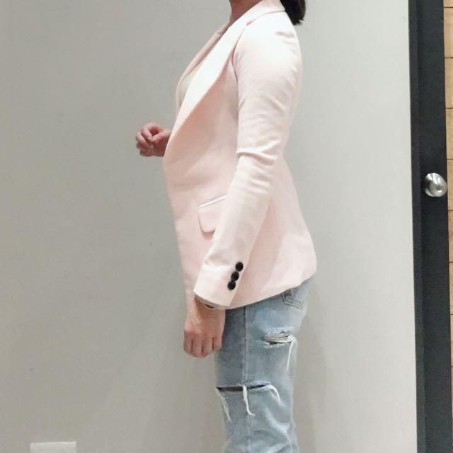 麻料粉色西裝外套 腰身明顯