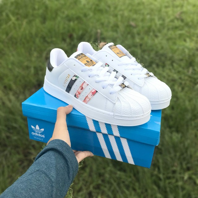 adf84fe90c0 ADIDAS SUPERSTAR FLORAL GUCCI SHOES