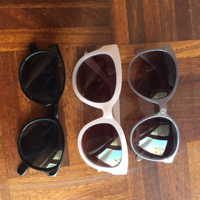 Assorted sunglasses 😎 all 3 for 5