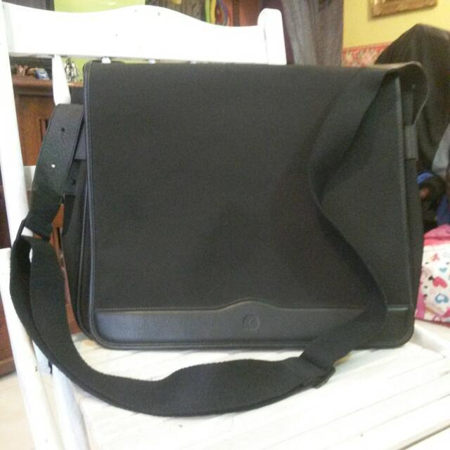 Authentic Kaufmann Laptop Sling Bag