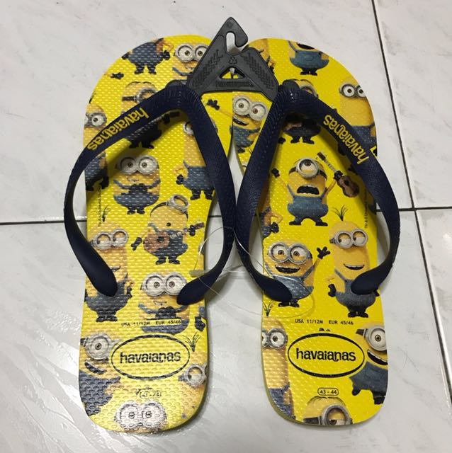 1c52ab4817a2 Authentic Minions Havaianas Slippers