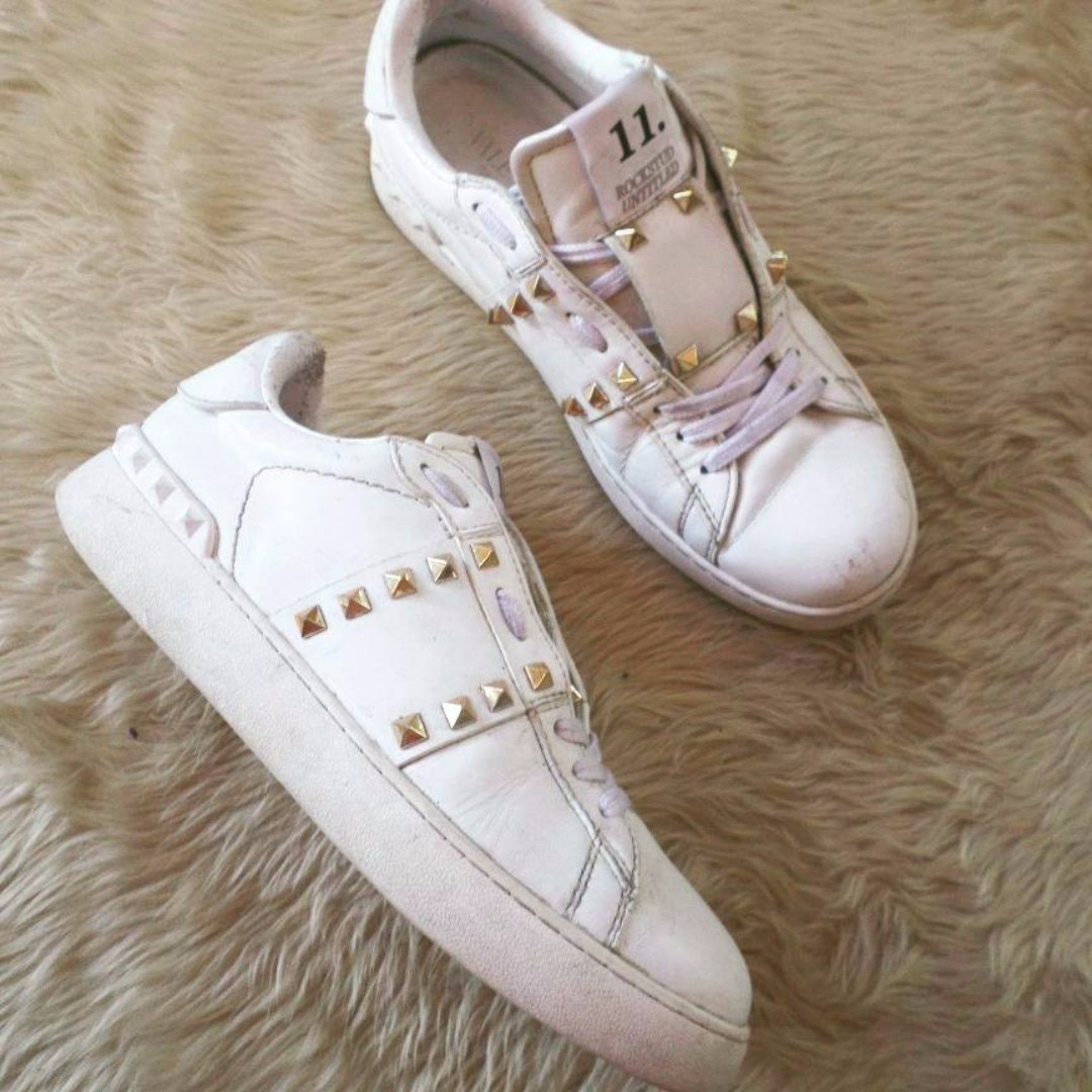authentic Valentino Rockstud Sneakers