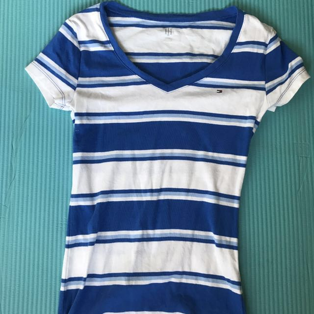 BNWOT Tommy Hilfiger tshirt size XS REDUCED