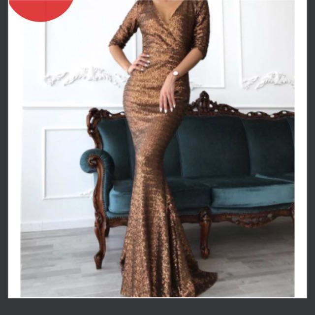 BNWT EVENING GOWN formal dress