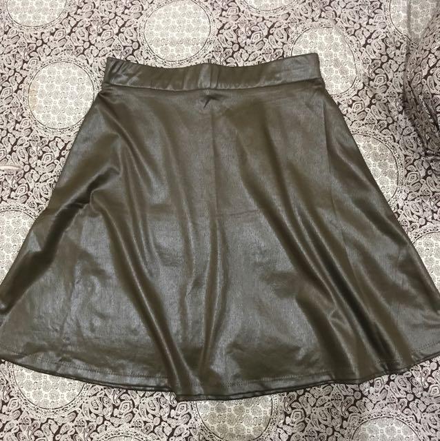 Brown shiny skirt