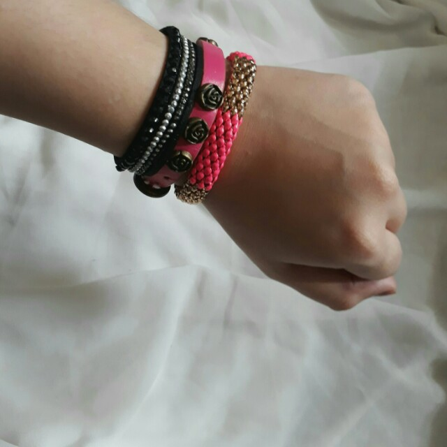 Bundle candy arm bracelet