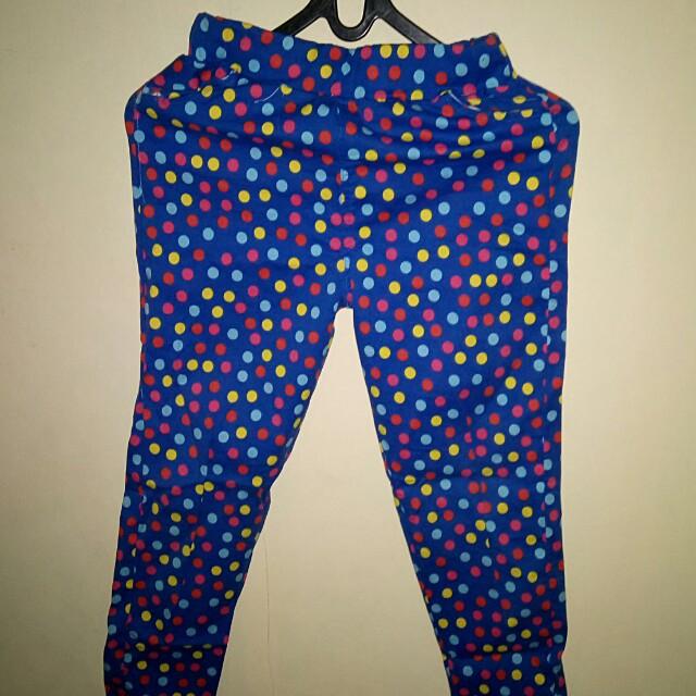 Celana panjang motif biru polkadot