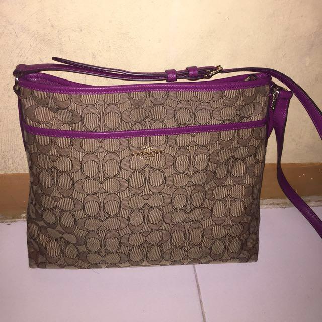 Coach File Bag in Signature Sling bag