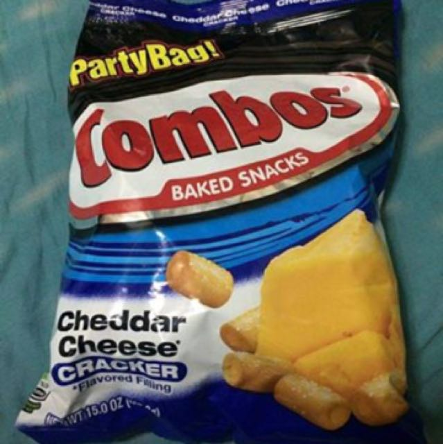 Combos Crackers Party Bag