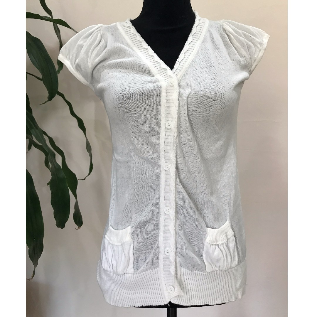 CUTE White Short Sleeve Knitted Cardigan