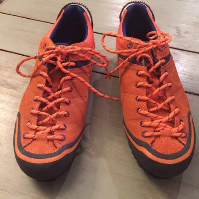 DACHSTEIN Men's Hiking Shoes BNWOT EU 41