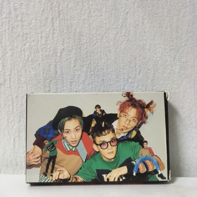 EXO CBX Lomo Card