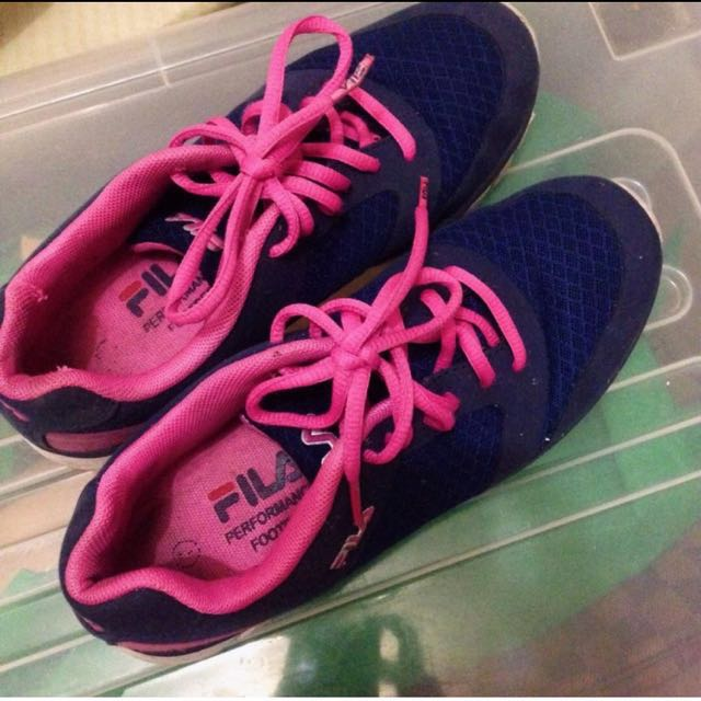 FILA RUNNING SHOES AUTHENTIC