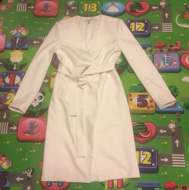 Finders keepers sample coat size S