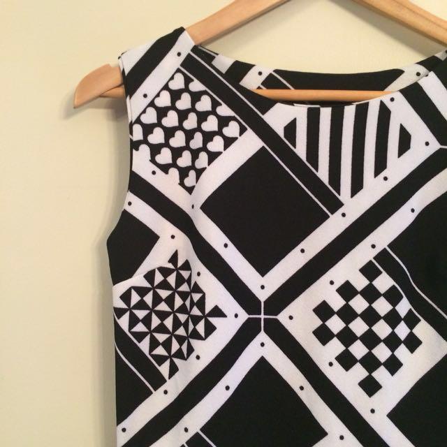 Geometric pattern dress BNWOT