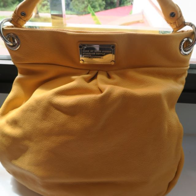 7246072ade95 Marc Jacob 2 way bag, Luxury, Bags & Wallets on Carousell