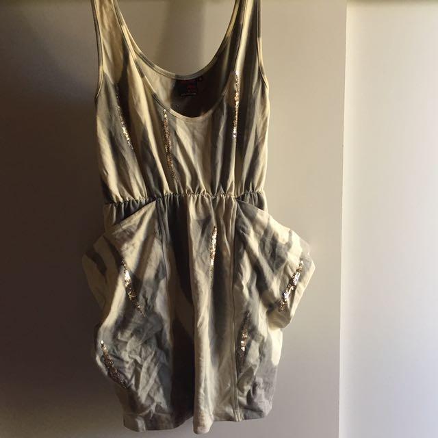 Maurie + eve big pocket dress size 2 (10-14)
