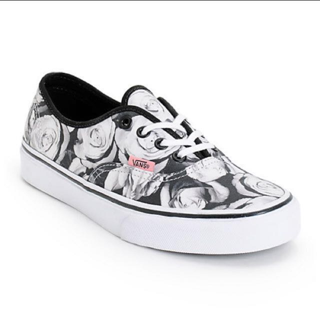 #MidNovember50 AUTHENTIC VANS SHOES SIZE 4.5