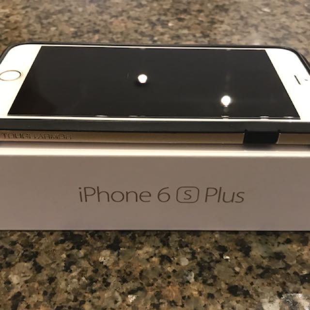 Mint IPhone 6S+ - 64gb factory unlocked (with case and screen protector)