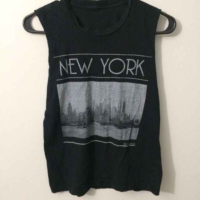 New York Black Graphic Muscle Tank