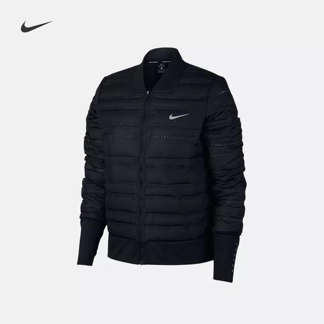 Nike當季羽絨外套