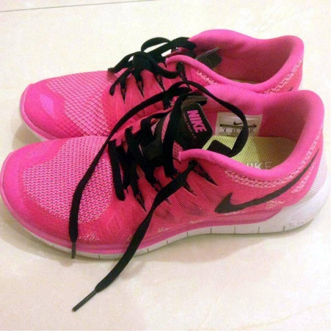 Nike 女生粉紅慢跑鞋