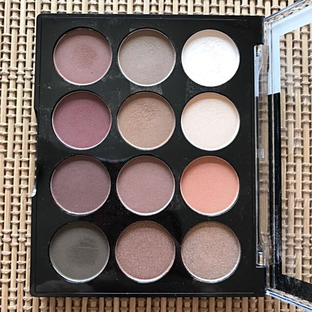 Nip + fab eyeshadow palette