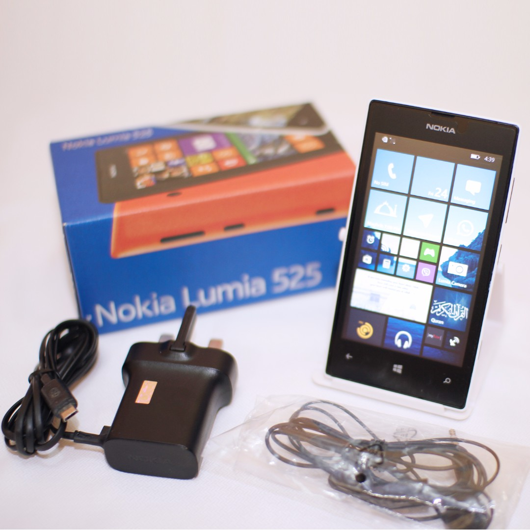 release date: c42b9 d79ef Nokia Lumia 525 (New Back Cover)