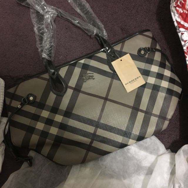 Replica Burberry Handbag