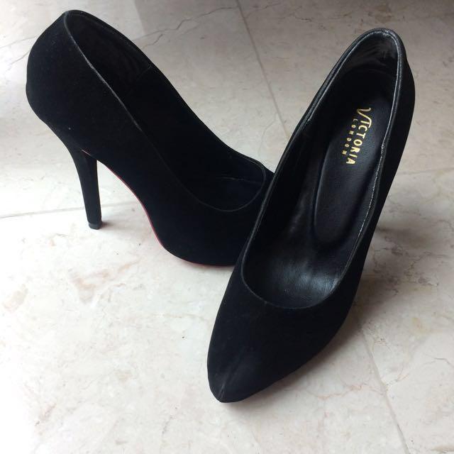 Reprice Akhir tahun !! Victoria London shoes totally new look