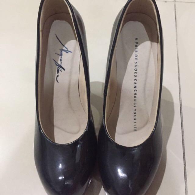 sepatu heels 12cm