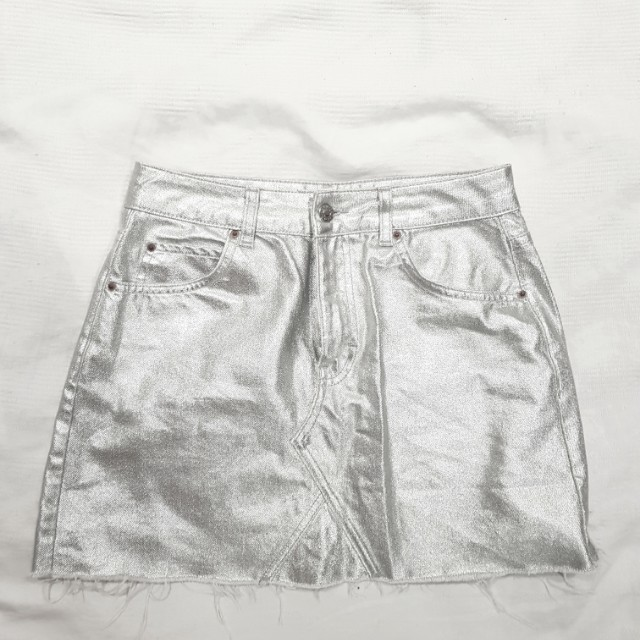 Silver H&M skirt size 10