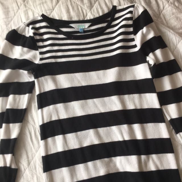 Stripped BNW long sleeve dress