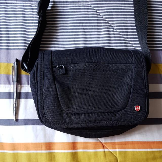 Victorinox Sling Bag