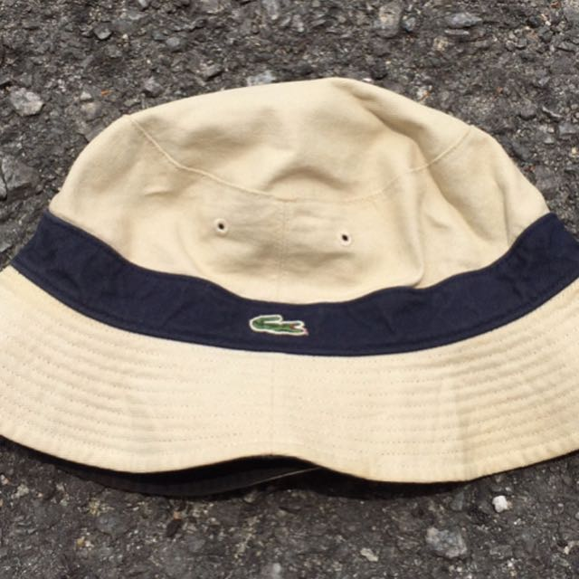 853bc39f7afe86 Vintage Lacoste Reversible Bucket Hat, Men's Fashion, Clothes on Carousell
