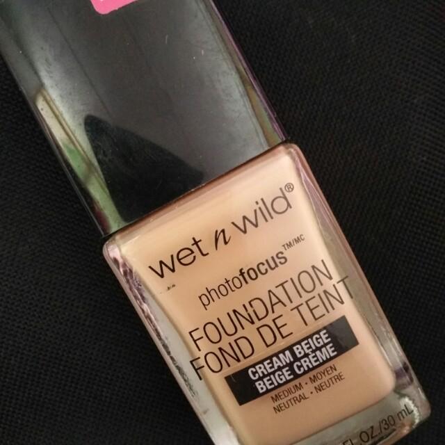 Wet n wild n catrice foundation