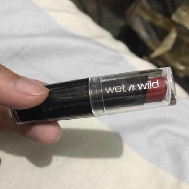 Wet n wild stop light red
