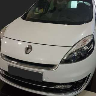 Renault Grand Scenic Diesel @ $78 per day