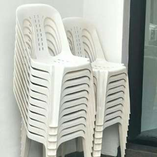 Renting Chair & Table With or Without Skirting