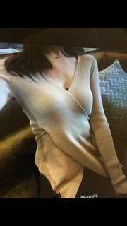 正韓 東大門 氣質修身 針織長袖合身顯瘦V領 下開叉上衣