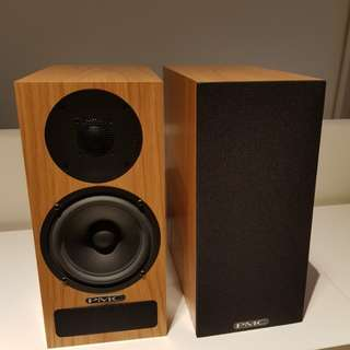Pmc twenty.21 bookshelf speakers